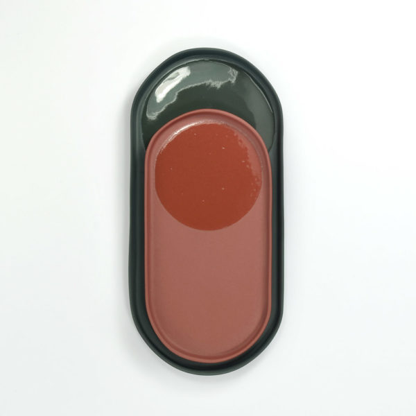 petit vide poche rouge dans grand vide poche gris LAGO