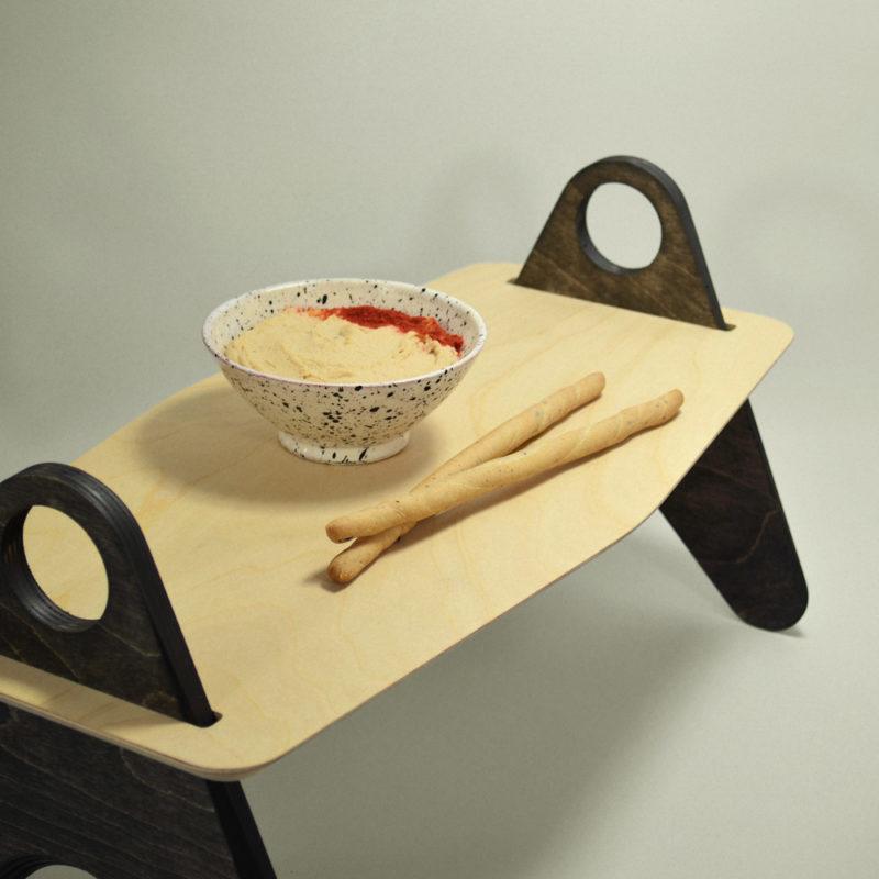 Table de pique nique mezze, gressins et houmous